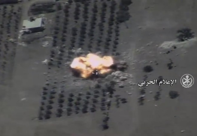 Không quân Nga không kích phá hủy tổ hợp pháo phản lực ở Hama