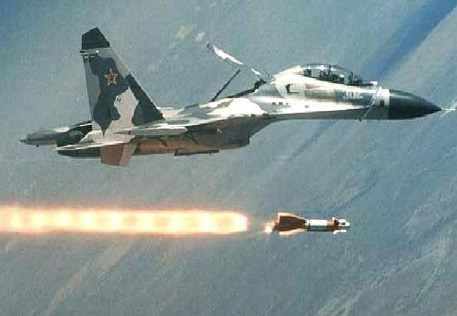 Không quân Nga không kích trên chiến trường Syria - Ảnh Masdar.