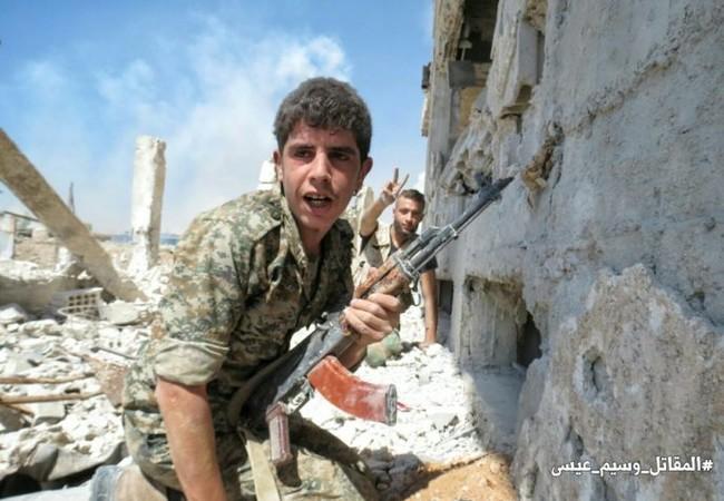 Binh sĩ quân đội Syria trong cuộc tấn công vào quận Jobar và Ayn Tarma, Đông Ghouta