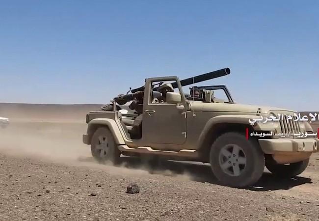 Xe cơ giới gắn pháo không giật chống tăng quân đội Syria trên chiến trường tỉnh Sweida