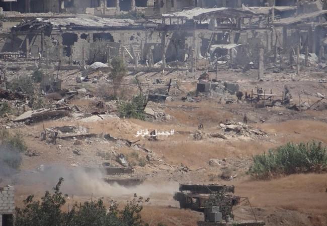 Chiến tuyến quận Jobar, ngoại ô Damascus trong cuộc tấn công của lữ đoàn 42 thuộc sư đoàn cơ giới số 4