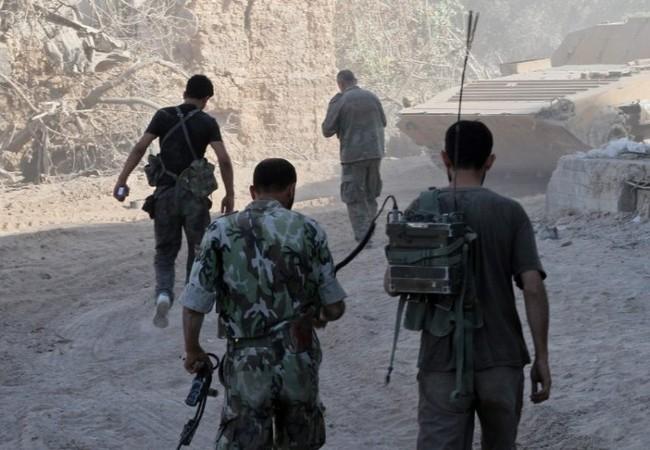 Binh sĩ quân đội Syria, chiến đấu trên vùng ngoại ô Damascus