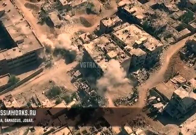 Quân đội Syria tiếp tục pháo kích ác liệt vào quận Jobar - ảnh video UAV quân đội Syria