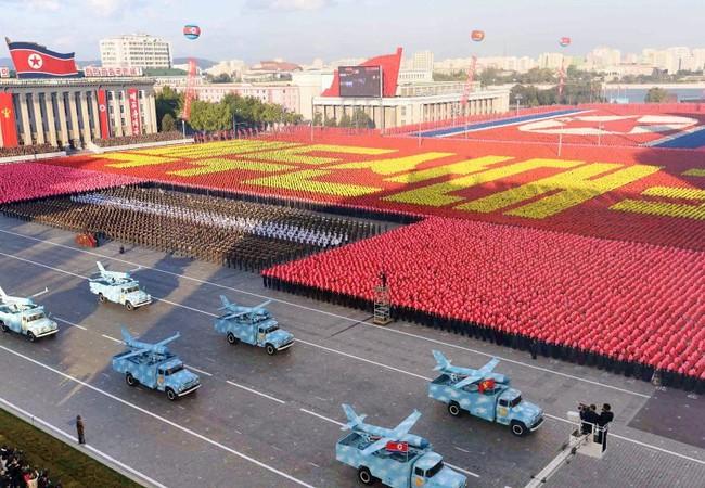 Cuộc duyệt binh hoành tráng tổ chức sáng 15/4 tại Bình Nhưỡng