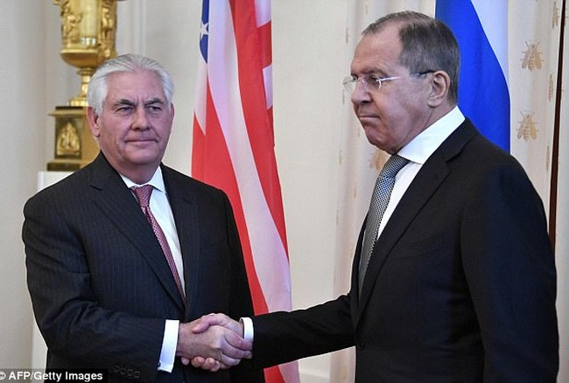 Ngoại trưởng Nga S.Lavrov và Ngoại trưởng Mỹ R. Tillerson gặp nhau tại Moscow