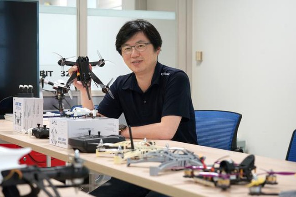 Ông Lee Heung Shin, CEO Drogen
