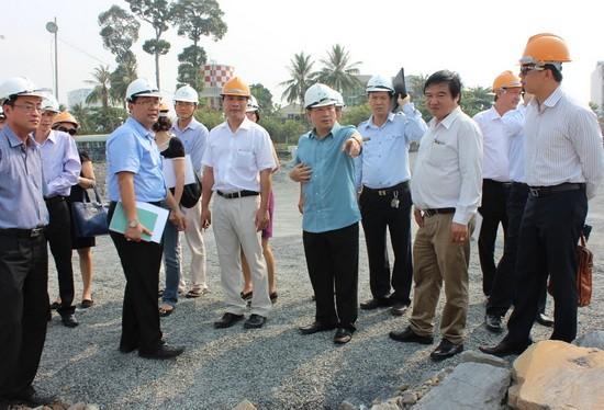 Tổ công tác liên ngành kiểm tra việc thực hiện Dự án Cải tạo cảnh quan và phát triển đô thị ven sông Đồng Nai