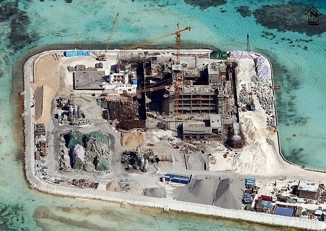 Trung Quốc bắt đầu chuyển sang giai đoạn xây dựng hạ tầng, đẩy nhanh quá trình quân sự hóa trên các đảo nhân tạo ở biển Đông
