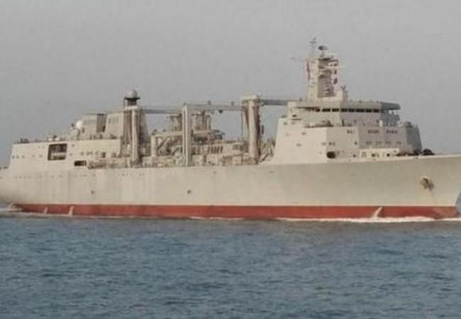 Tàu tiếp tế nhanh Type 901 Trung Quốc. Ảnh: Sina