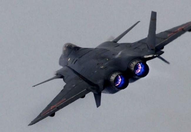 Máy bay J-20 của Trung Quốc.