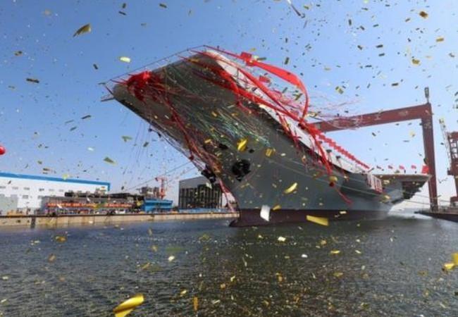Ngày 26/4/2017, tàu sân bay tự chế đầu tiên Type 001A Trung Quốc hạ thủy. Ảnh: Tân Hoa xã