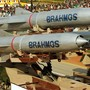 Việt Nam lên tiếng việc mua tên lửa BrahMos