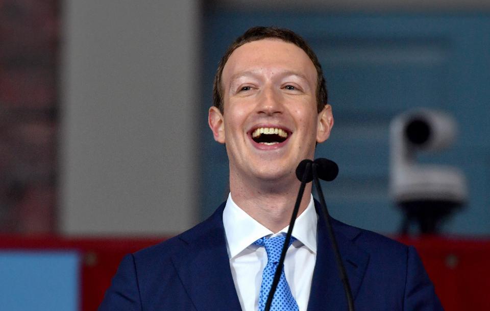 Chỉ mới 33 tuổi, Zuckerberg hiện đã sở hữu số tài sản trị giá 66,7 tỷ USD