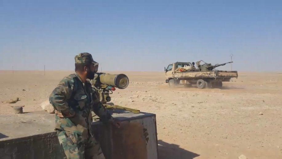 Binh sĩ lực lượng Tiger trên chiến trường sa mạc Raqqa - Homs