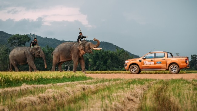 Ford giới thiệu Ranger phiên bản Wildtrak 2.2L AT 4x4 hoàn toàn mới - ảnh 2