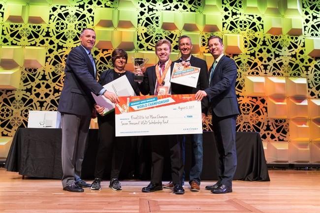 Teen Mỹ thắng 10.000 USD trong cuộc thi Excel toàn cầu - ảnh 2