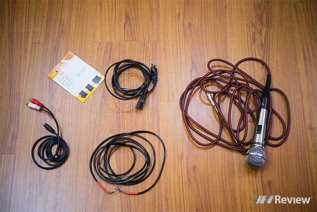 Đánh giá GoldSound W360: Loa cây, chuyên dụng cho karaoke gia đình - ảnh 1
