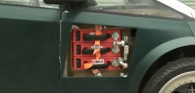 Sinh viên Hà Lan chế tạo xe ô tô điện có thể tự phân hủy sinh học - ảnh 3