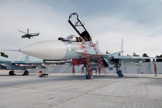 Máy bay Nga đánh sập cầu trên sông Euphrate, quân IS sắp đói - ảnh 3