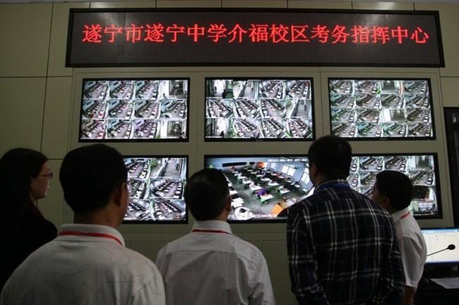 Công nghệ siêu quay bài trong kỳ thi đại học Trung Quốc - ảnh 5