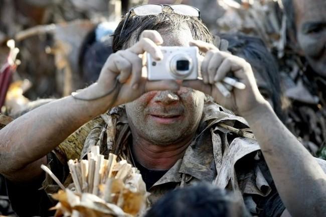 """Độc đáo lễ hội """"người bùn"""" ở Philippines - ảnh 7"""