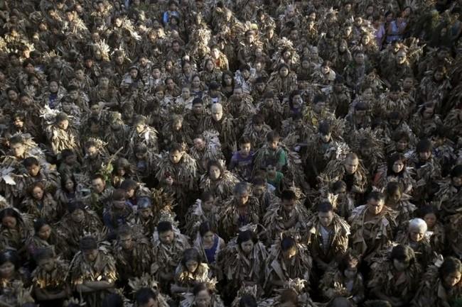 """Độc đáo lễ hội """"người bùn"""" ở Philippines - ảnh 5"""