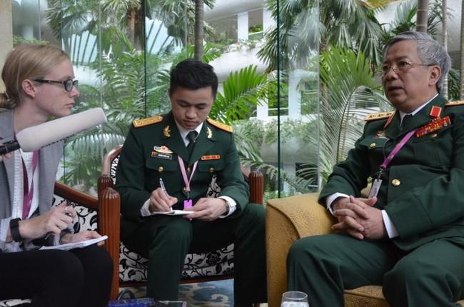 Thượng tướng Nguyễn Chí Vịnh: Càng căng thẳng, càng phải độc lập tự chủ  - ảnh 2