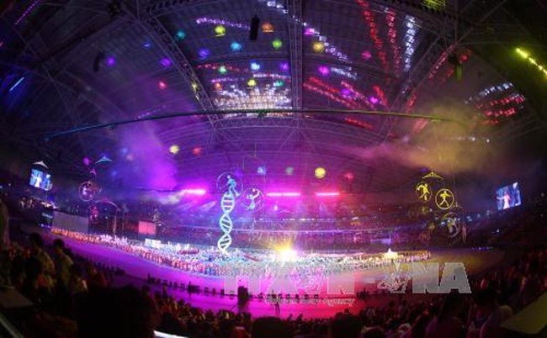 Khai mạc SEA Games 28: Đại tiệc âm thanh, ánh sáng tôn vinh sự phi thường  - ảnh 1