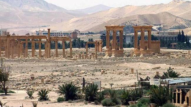 Có vũ khí hiện đại, quân đội Syria quyết thu hồi lại Palmyra - ảnh 1