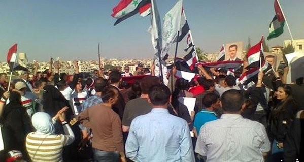 Chùm ảnh: Cuộc chiến ác liệt ở Syria ngày 25.10 - ảnh 1