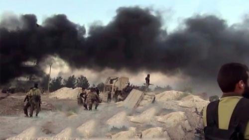 Không quân Nga trút đòn hủy diệt, IS hoảng loạn tìm cách tháo thân - ảnh 1