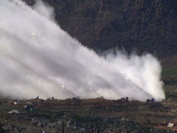 Quân đội Syria dội bão lửa IS, phương Tây suốt ruột vào cuộc - ảnh 4