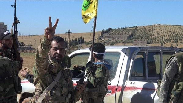 Tấn công với T-90 ở Aleppo, thế phong tỏa biên giới Thổ Nhĩ Kỳ của quân đội Syria rõ dần - ảnh 5