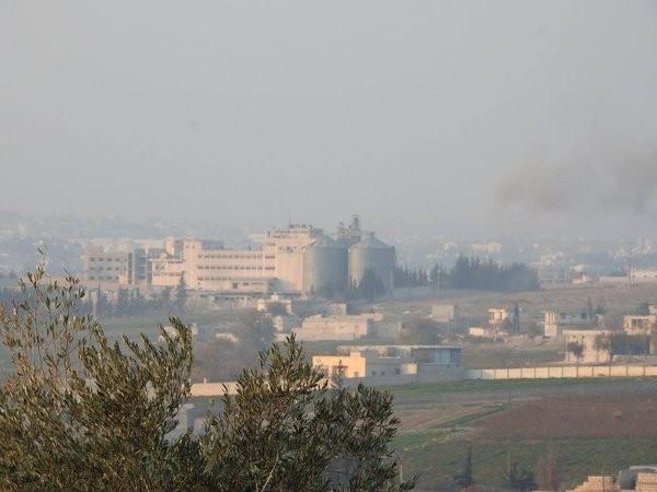 Tấn công với T-90 ở Aleppo, thế phong tỏa biên giới Thổ Nhĩ Kỳ của quân đội Syria rõ dần - ảnh 7