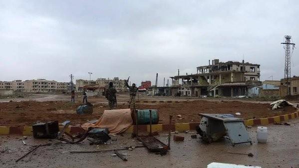 Video: Quân đội Syria giải phóng thành phố Sheikh Miskeen  - ảnh 7