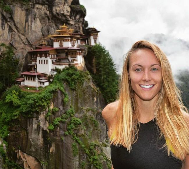 Ngưỡng mộ cô gái đến thăm 180 nước chỉ trong 15 tháng - ảnh 1