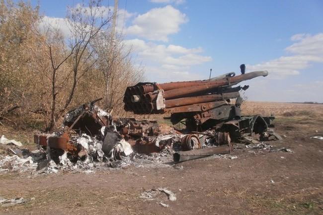 Chiếm Donbass bằng vũ lực, Ukraine thí ngàn quân trong chảo lửa - ảnh 1