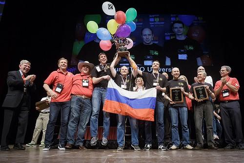 Đại học St. Petersburg ITMO với 10 bài giải đã đoạt ngôi Vô địch ACM/ICPC 2017.