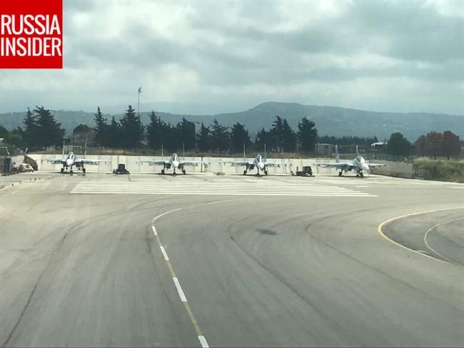 Cận cảnh căn cứ không quân Nga tại Syria (video) - ảnh 2