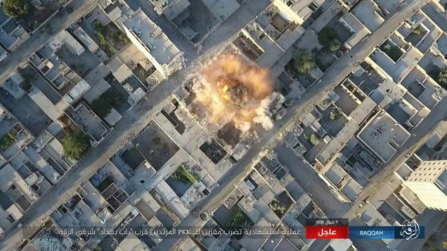 Chiến sự Syria: Người Kurd dốc sức tấn công Raqqa, Mỹ tăng viện trợ (video) - ảnh 3