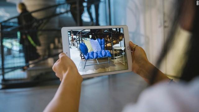 Làm cửa hàng nhỏ đi, ứng dụng công nghệ thực tế ảo: Tương lai của IKEA? - ảnh 1