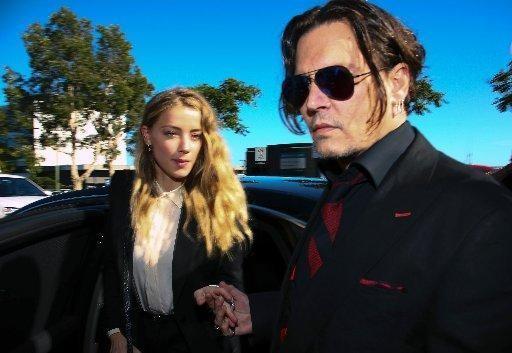CEO của Tesla Elon Musk chia tay bạn gái Amber Heard - ảnh 2