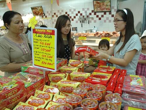 100 tỷ USD người Việt chảy vào túi nước ngoài? - ảnh 1