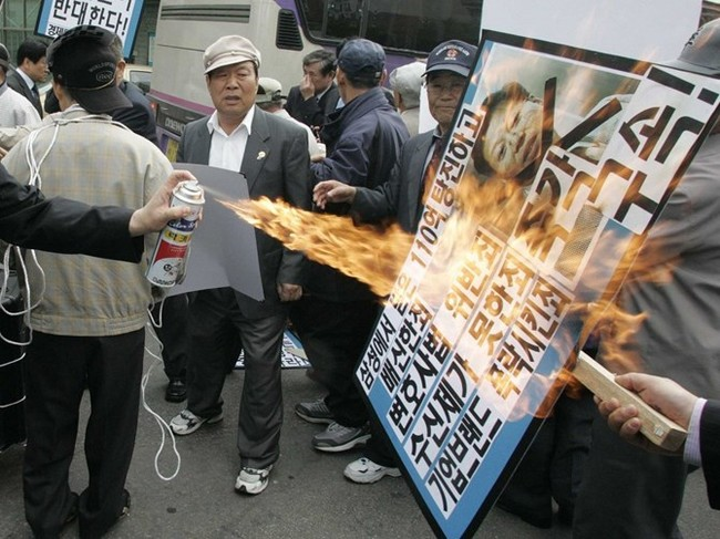 """Cuộc chiến thừa kế và chuyện """"thâm cung bí sử"""" của đế chế Samsung - ảnh 13"""